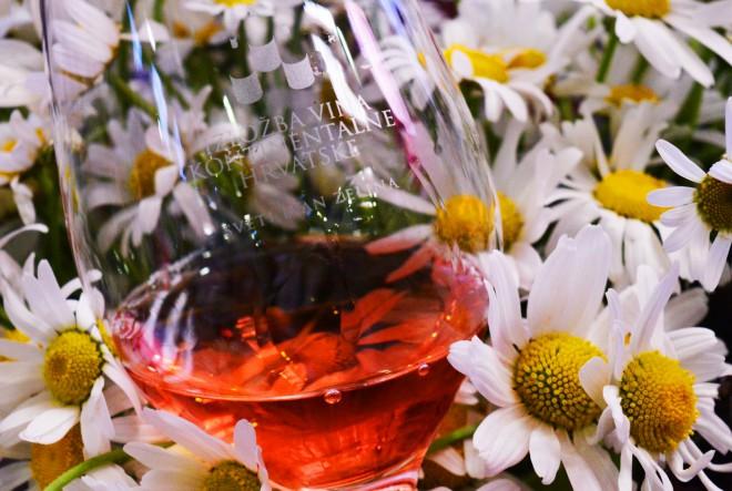 Pola stoljeća Izložbe vina kontinentalne Hrvatske