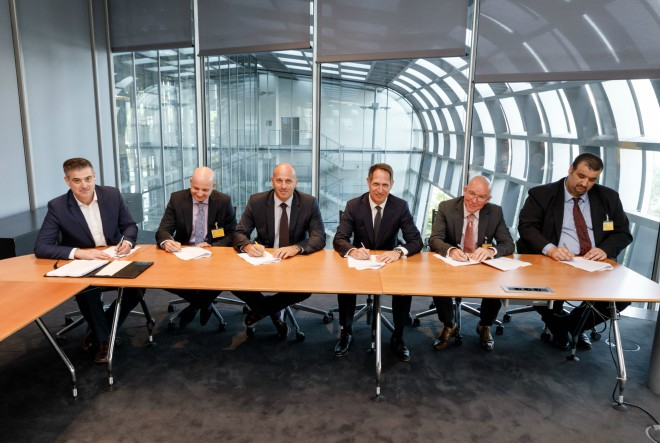 Hrvatska pošta i DHL potpisali ugovor o suradnji
