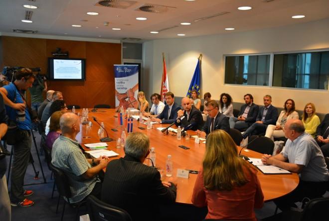 Potpisani ugovori za financiranje aktivnosti u okviru Fonda za bilateralne odnose