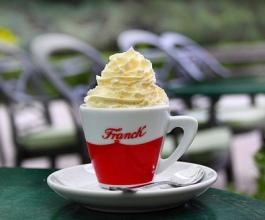 Franck preuzima Lavazza kavu od Hrvoja Petrača