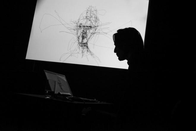 """Graham Fink – umjetnik koji """"crta pogledom"""""""