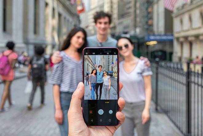Potvrđeno: češće koristimo mobilne telefone za fotografiranje nego za pozive