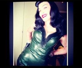 Madonna previše provokativna za Instagram koji joj prijeti zatvaranjem profila