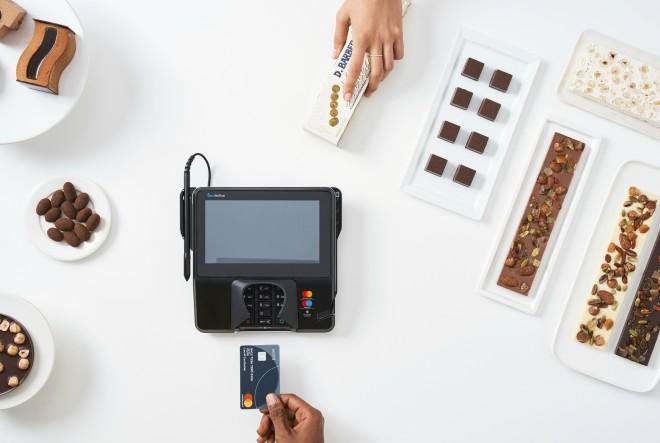 Istraživanje pokazalo: 94% Hrvata koristi kartice, 17% svaki dan plaća beskontaktno