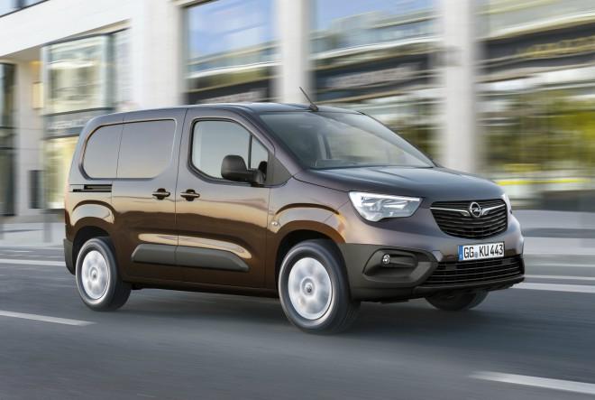 Novi Opel Combo: prostrani transporter kompaktnih dimenzija s iznimnim tehnologijama