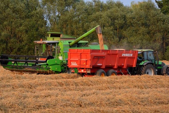 Krenula isplata 750 milijuna kuna predujma poljoprivrednicima za proizvodnu 2015. godinu