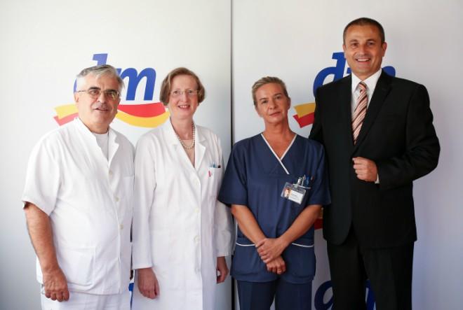 "Donacija dm-a Klinici ""Dr. Fran Mihaljević"""