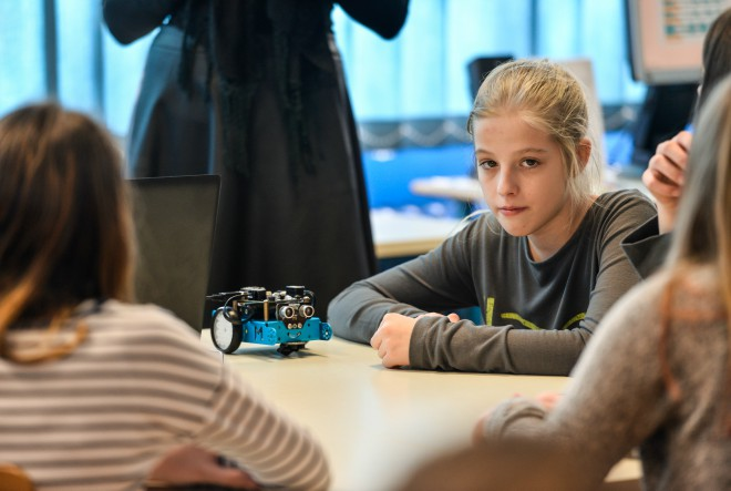 Učenice u Europi gube interes za STEM predmete u 15. godini