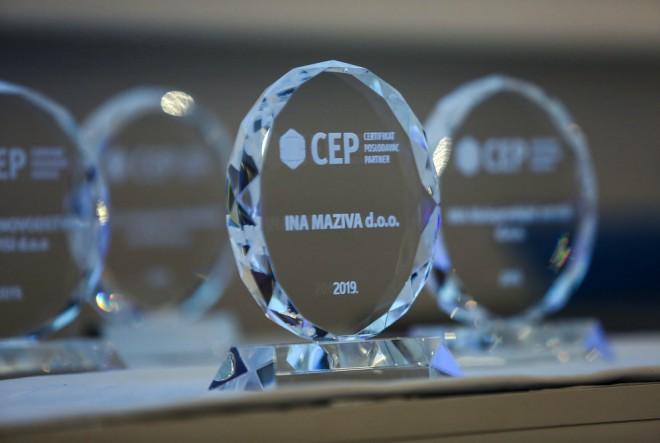 Sedam društava INA Grupe nagrađeno certifikatom Poslodavac Partner
