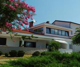 Porezna zapečatila i hotel Villa Holiday u Poreču