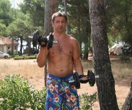 Čačić digao ruku za Body building savez zbog Milinovića [VIDEO]