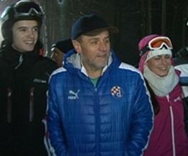 Skijanje jeftinije 30 posto i besplatno za umirovljenike [VIDEO]