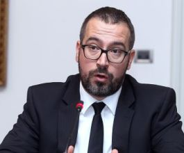 Zbog kršenja izborne šutnje šefovi HTV-a smijenili Domagoja Novokmeta!