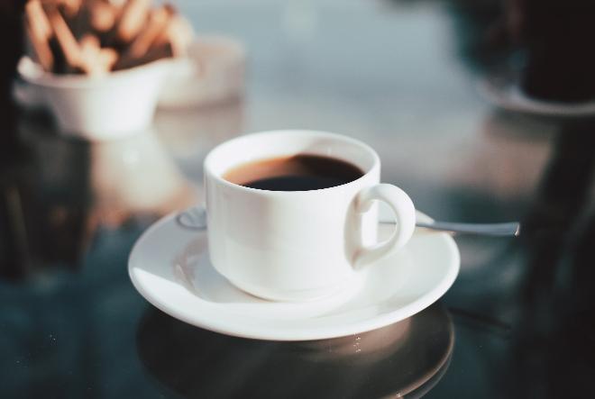 Izbor aparata za kavu: Kako do savršene šalice kave u vašem domu