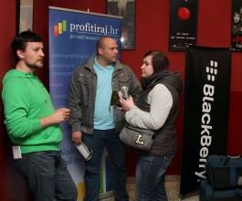 Završio prvi Fight Club u Hrvata – Blackberry Vs. iPhone