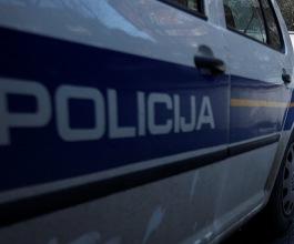 Muškarac na Pelješcu iz torbe s pošiljkama ukrao 140.000 kuna