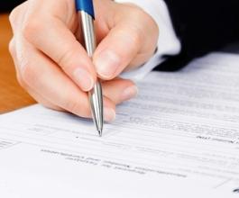 Zaposlenica Porezne uprave krivotvorila naloge za povrat poreza i otuđila 73.000 kuna