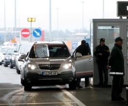 Dugi zastoji na slovenskim granicama i danas – Pahor neće popustiti