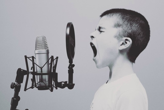 5 trikova kako prevladati strah od javnog nastupa