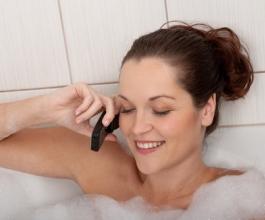 Bez mobitela ni na WC! Jesmo li ovisni o tehnologiji?