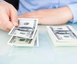 Radnicima na fiksnoj plaći i proviziji veća primanja za vrijeme godišnjeg odmora