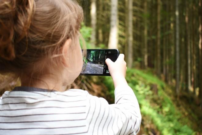 Neograničen pristup mobitelu ima svako peto dijete