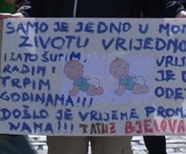 "Građani okupljeni u Facebook grupi ""Bunt mama RH"" [VIDEO]"