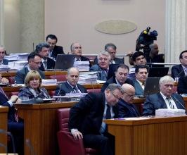 Sabor: Linić odbacio HDZ-ove kritike na Zakon o financijskom poslovanju